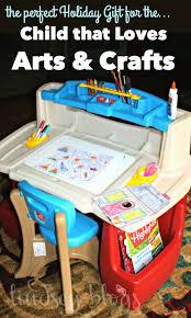 Step2 Deluxe Art Desk by The Child That Loves Arts U0026 Crafts Art Desk