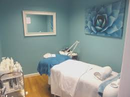 Spa Decor Ideas Estheticians Best Of Day Massage Therapy Room Esthetician