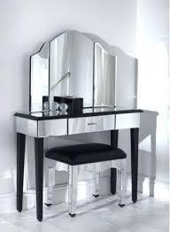 miroir dans chambre à coucher miroir dans une chambre meuble miroir chambre miroir chambre a