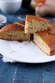 gâteau au yaourt au miel et aux épices fourré à la banane chefnini