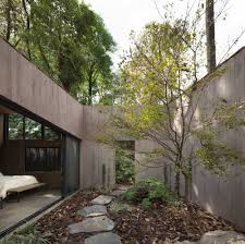 100 L Shaped Modern House Amazing Shaped Nestled In The Ush Surroundings Of