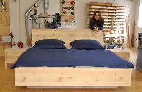 schläft es sich in einem zirben schlafzimmer wirklich besser