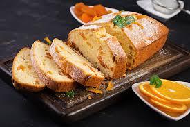 buttermilchkuchen mit getrockneten aprikosen und orangenschale