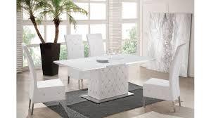 ensemble table chaises ensemble table et chaise blanche un ensemble so chic et tendance à