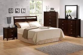 5 Piece Ian Queen Bedroom Collection