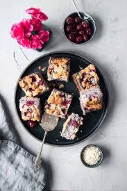 glutenfreier und veganer kirschkuchen freiknuspern