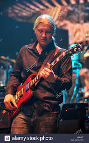 Derek Trucks. The Allman Brothers Band Live In Concert At The Beacon ... Derek Trucks The Allman Brothers Band Performing At The Seminole 24 Years Ago 13yearold Opens For Brizz Chats With Of Review Tedeschi Jams Familystyle Meadow Brook Needle And Damage Done Gregg Warren Haynes Signed Autograph Electric Guitar Core Relix Media To Exit
