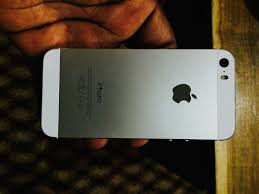16gig Silver Iphone 5S Uk Used For Sale Technology Market Nigeria