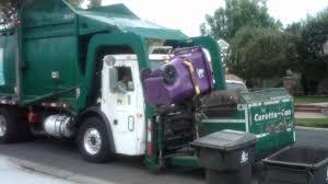 Long Beach Recycle Truck - YouTube