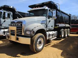 2017 MACK GU713 DUMP, VIN/SN:1M2AX07C3HM061424 - TRI-AXLE, 455 HP ... 1996 Ford Ltl 9000 Tri Axle Dump Truck 2 2007 Intertional 7600 Triaxle Trucks One Owner Peterbilt 348 Red Allison Automatic Reefer 1976 White Construcktor Triaxle Peterbilt Triaxle Dump Trucks For Sale Home I20 357 With Flatbed Also Dealer And Concrete Craigslist Isuzu Npr For Sale By 2009 Intertional 8600 2746 Model 337 Steel For N Trailer Magazine
