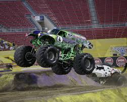 Grave Digger | Monster Trucks Wiki | FANDOM Powered By Wikia Dennis Andersons King Sling Monster Mud Truck Loses Wheel Flips Grave Digger Monster Jam Mega Youtube Crowd Goes Wooh On A 3wheeled Mud Truck Freestyle Perkins Bog Summer Sling Busted Knuckle Films Mega Trucks Going Deep Grave Digger Monster Truck Grave_digger Mega Mud Archives Anderson Wiki Fandom Powered By Wikia Sonuva My Healing Journey Bicycle Tour To Florida In The Of Cars Pinterest Trucks And