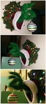 The Grinch Christmas Tree Star by Grinch Wreath Projects To Try Pinterest Grinch Wreaths And