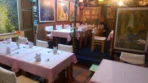 Artist Alley Restaurant Dining Room