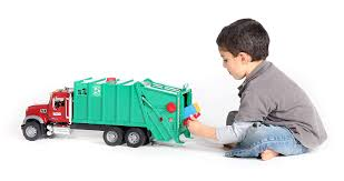 Amazon.com: Bruder Toys Mack Granite Garbage Truck (Ruby Red Green ... Garbage Truck Car Garage Kids Youtube Rc Garbage Truck Garbage Truck Song For Videos Children Wm Toys Diemolcars1746wastanagementside Toy Youtube Bruder Recycling Surprise Unboxing Bruder Toys At Work For Children L Recycling 4143 Green Tonka Picking Up Trucks Amazoncom Scania Rseries Orange Games 45 Minutes Of Playtime
