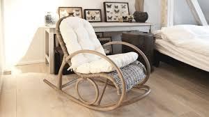 chaises en osier chaise en rotin authentique et confortable westwing
