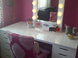 White Makeup Desk With Lights by Lighted Makeup Vanity Table Set Home Design Health Support Us