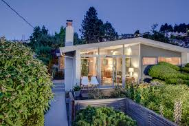 100 Beach House Landscaping 25a Alki Midcentury Sunset Front Yard And Entry