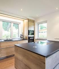 küche in betonoptik mit viel stauraum innenarchitektur