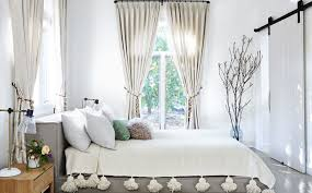 Plants Breath Life Into Bedroom Designs Image Source