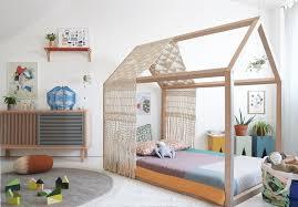 hausbett für kinder wichtiger teil der montessori einrichtung