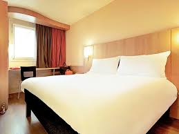 prix d une chambre hotel ibis hotel in evry ibis evry