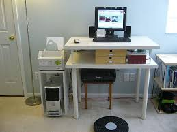 Diy Standing Desk Riser by 20 Diy Desks That Really Work For Your Home Office