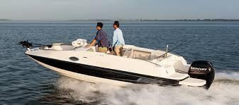 210 deck boat overview bayliner boats