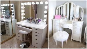 10 Wonderful Makeup Vanity Seating Ideas