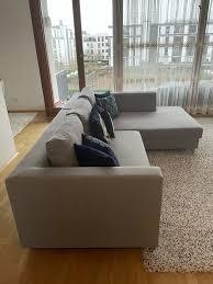 großes gepflegtes wohnzimmer sofa
