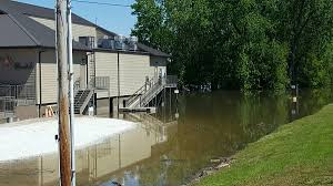 The Patio Restaurant Quincy Il by Boatel Closed Ahead Of Monday Crest Along Illinois River Wgem