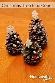Pine Cone Christmas Tree Ornaments Crafts by Pine Cone Crafts For Kids To Make Crafty Morning Projekty Na