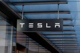tesla begins manufacturing solar roof tiles the globe and mail