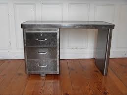 bureau m騁allique industriel bureau metal industriel style and steel jpg tables bureaux