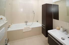 ein bad ohne fenster optimal einrichten moebel und