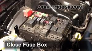 replace a fuse 2011 2016 chrysler 300 2012 chrysler 300 limited