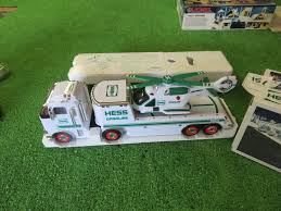 100 2006 Hess Truck Lot Toy And Helicopter Proxibid Auctions