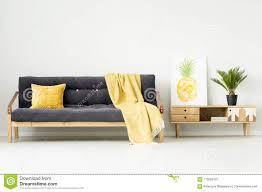 warmes wohnzimmer mit decke stockbild bild warmes