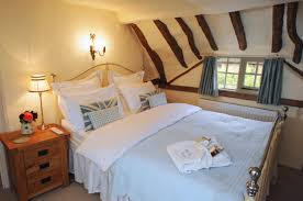 Holiday Decorators Warehouse Plano by Old Fox Cottage Luxury Thatched Holiday Cottage In Cotswolds