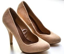 women u0027s beige high heels free stock photo