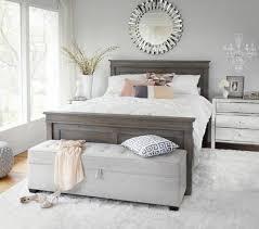 chambres à coucher ikea 40 idées pour le bout de lit coffre en images