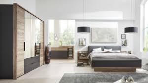interliving schlafzimmer serie 1007 kleiderschrank dunkle sanremo eiche mattschwarz fünf türen zwei schubladen