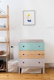 Baby Changing Dresser Uk by Best 25 Ikea Changing Table Ideas On Pinterest Organizing Baby