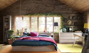 Wholesomely Furnished Bedroom Decorating Idea
