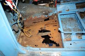 refaire un interieur de voiture ma peugeot 203 de 1955 un plancher conducteur en triste état