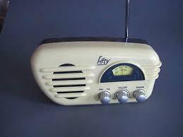 fifty batterie radio retro vanille grau am fm lautsprecher