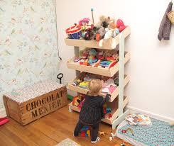 rangement jouet chambre cuisine un meuble de marchande pour ranger les jouets de mathilde