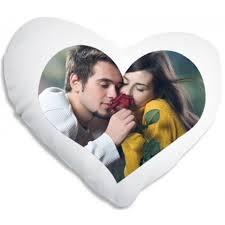 coussin avec photo personnalise coussin en forme de coeur personnalisé avec votre photo