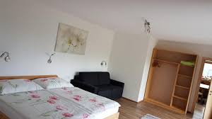 ferienwohnungen neuhaushof buchen in hippach