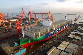 100 Shipping Container Shipping Worlds Largest Gaspowered Container Ship Rolls Off