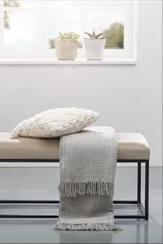 schlicht und modern sitzbänke im bauhausstil